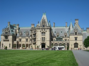 The Biltmore Estate and Gardens in Asheville, NC (Photo Credit: wikipedia)