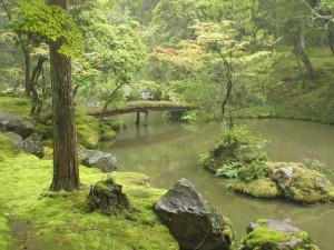 The Saihouji kokedera pond (Courtesy Ivanoff and Wikipedia)