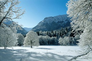 Linderhof Park in Winter (Photo Courtesy linderhof.de)