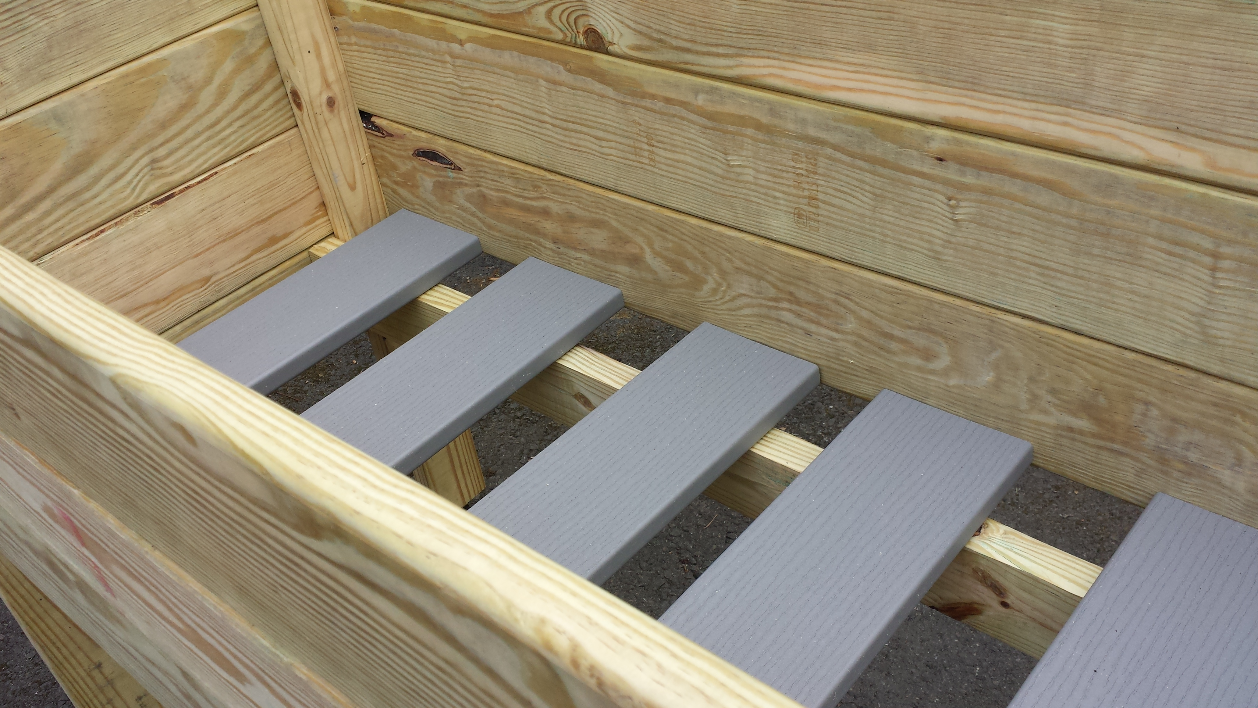 Movable Trex slats allow for great drainage